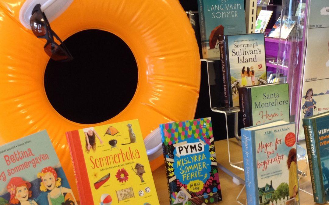 Lån en bok til ferien!